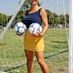 Milf na Fudbalskoj Utakmici 1. Deo